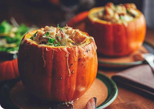 Moodique - Halloween vino e zucca gialla tra dolcetti e scherzetti! Moodique